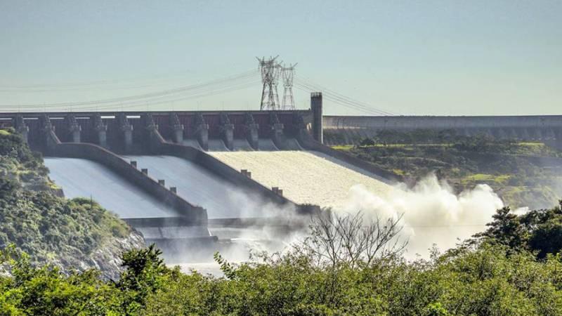 Brasil e Bolívia negociam tratado para integração no setor elétrico