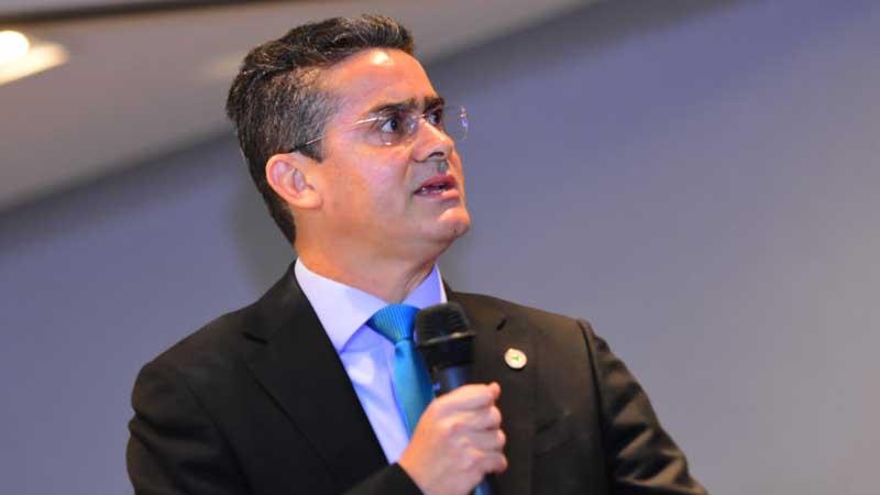 David Almeida conversa com Omar e entrega carta de desfiliação ao PSD