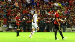 Nenê marcou o gol do Vasco, que não conseguiu segurar a vitória e cedeu empate ao Sport (Foto: Paulo Fernandes/Vasco)