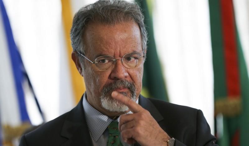 Jungmann diz que pode prorrogar inquérito sobre atentado a Bolsonaro