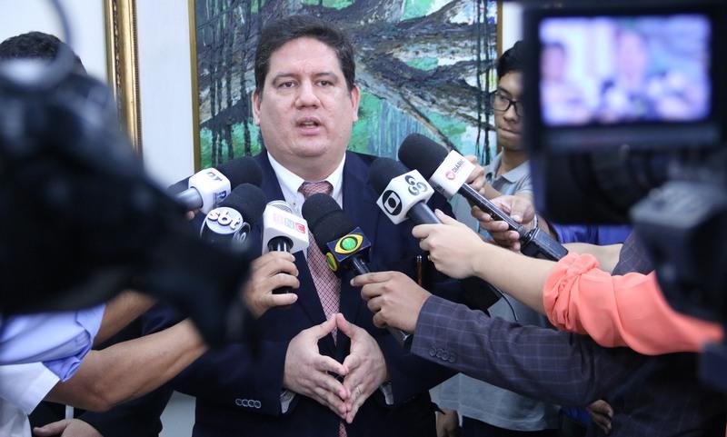 Contas do primeiro ano do governo de Wilson Lima nas mãos de Moutinho Junior