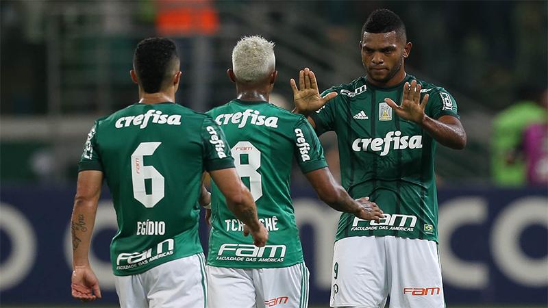 Palmeiras vira &#39bicho-papão&#39 do Paulista e faz rivais torcerem para fugir