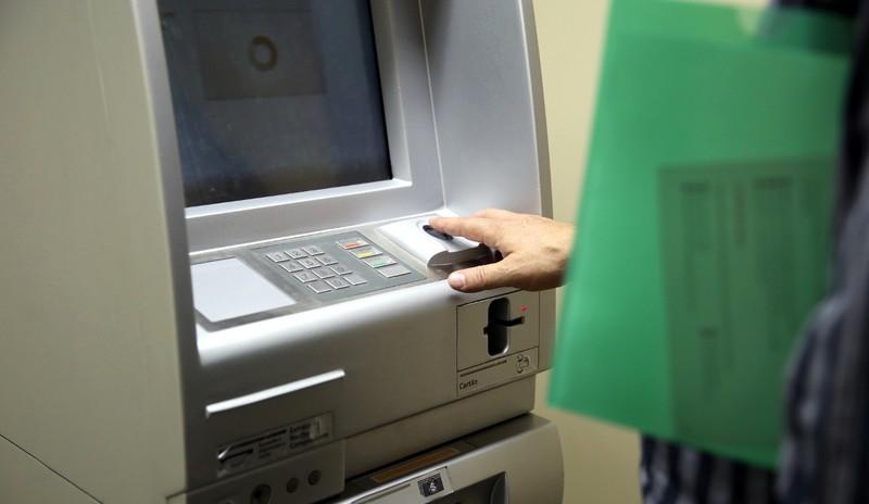 Comissão aprovou opção para clientes que não conseguem usar caixas eletrônicos com biometria (Foto: Andressa Katriny/CMC)