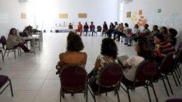 Mulheres de mobilizam para pressionar o presidente Michel Temer a vetar alterações na Lei Maria da Penha (Foto: Wilson Dias/ABr)