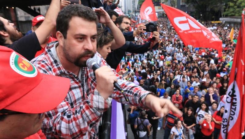 Guilherme Boulos é confirmado pré-candidato à Presidência da República pelo PSOL