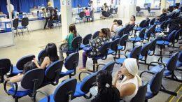 Mulheres podem requerer benefícios previdenciários garantidos em lei no caso de doenças (Foto: José Cruz/ABr)
