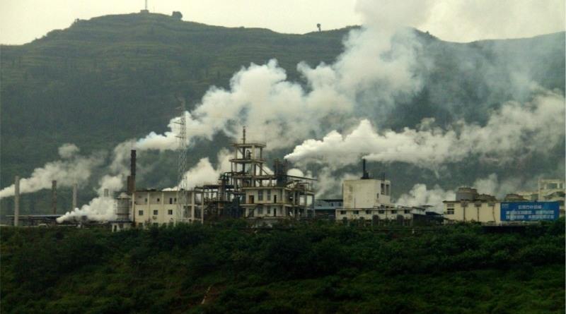 A emissão de gases poluidores no Brasil aumentou no ano passado, segundo órgão que monitora o efeito estufa (Foto: Wikimedia commons)
