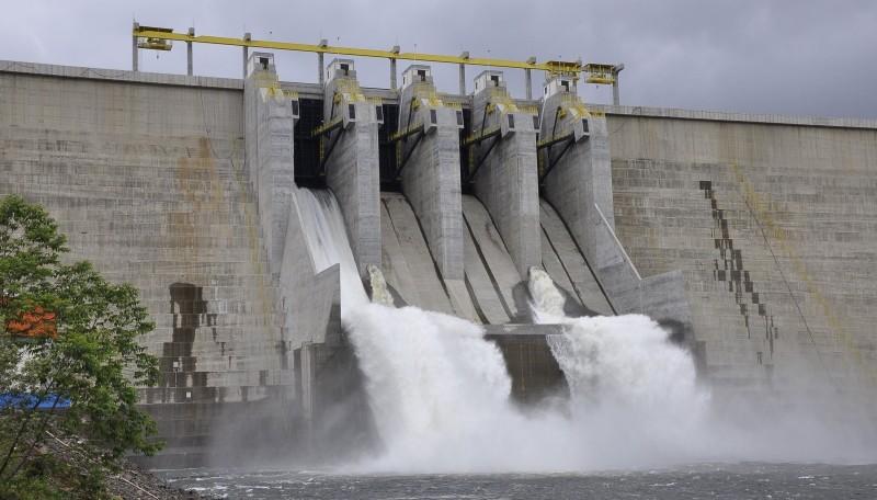 Aneel irá fiscalizar 142 barragens de hidrelétricas até maio