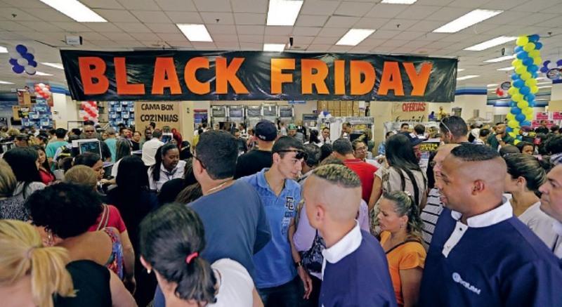 Consumidor está disposto a gastar, em média, R$ 713 na Black Friday (Foto: Paulo Pinto/Fotos Públicas)
