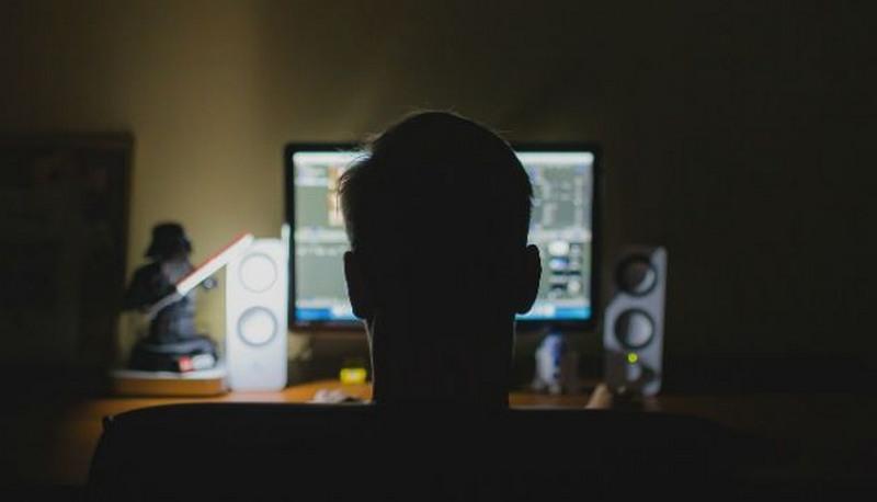 Lei dos crimes cibernéticos ainda não está regulamentada e dificulta combate a fake news (Foto: Divulgação)