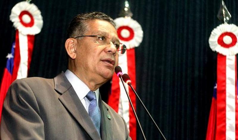 Carlos Alberto alega que homenagens são por justo reconhecimento a trabalhos relevantes (Foto: Arthur Castro/Divulgação)