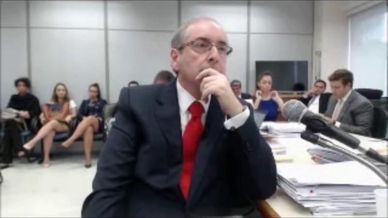 Eduardo Cunha durante interrogatório em Brasília (Foto: YouTube/Reprodução)