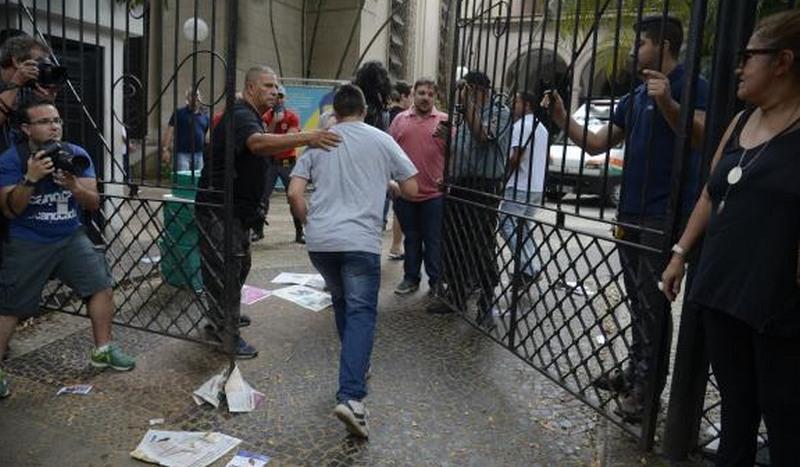 Candidatos devem chegar com antecedência para evitar transtornos no segundo dia de provas do Enem, neste domingo (Foto: Tomaz Silva/ABr)