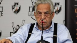 Eurico Miranda foi considerado vencedor do pleito com 2.111 votos, ante 1.975 da chapa 'Sempre Vasco' (Foto: Paulo Fernandes/Divulgação)