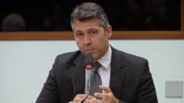 Leonardo Gadelha quer menos subjetividade nas ações da Previdência (Foto: Leonardo Prado/Câmara dos Deputados)