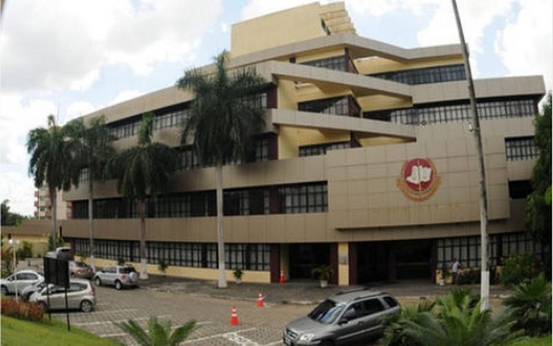 Reforma de banheiros do MP-AM custará R$ 547,1 mil e sede em Parintins, R$ 1,6 milhão
