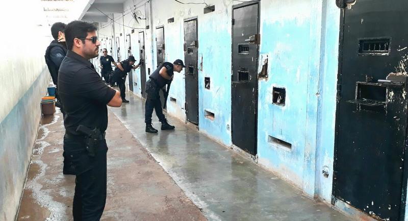 MP apura superfaturamento em contrato para monitorar presos do Amazonas