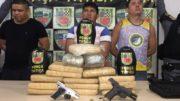Grupo é preso em Manaus com 15 quilos de maconha, armas e e colete à prova de bala (Foto: Divulgação)