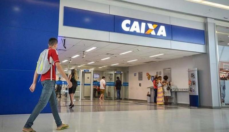 Somente a Caixa Econômica teria de devolver R$ 27 bilhões (Foto: Agência Brasil)