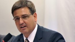Fernando Segovia negou que seu nome teria sido indicado por polítitos do PMDB (Foto: Zeca Ribeiro/Câmara dos Deputados)