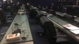 Bancadas dos deputados da base aliada ficaram vazias na sessão desta terça-feira na ALE (Foto: ATUAL)