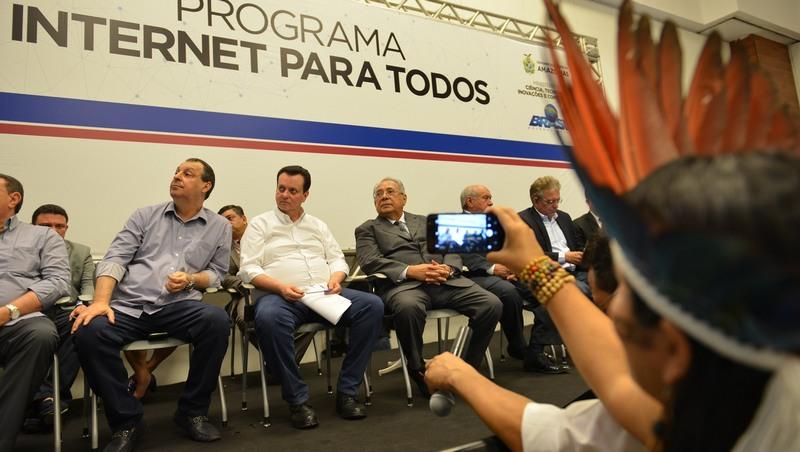Programa de banda larga foi lançado em Manaus pelo ministro Gilberto Kassab (Foto: Clóvis Miranda/Secom)