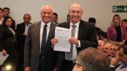 Antônio Silva, presidente da Fieam, entregou carta ao ministro Henrique Meirelles na qual empresários pedem correções de distorções (Foto: Fieam/Divulgação)