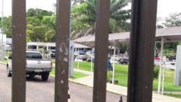Carros de luxo foram apreendidos em nova fase da operação Maus Caminhos no Amazonas (Foto: ATUAL)