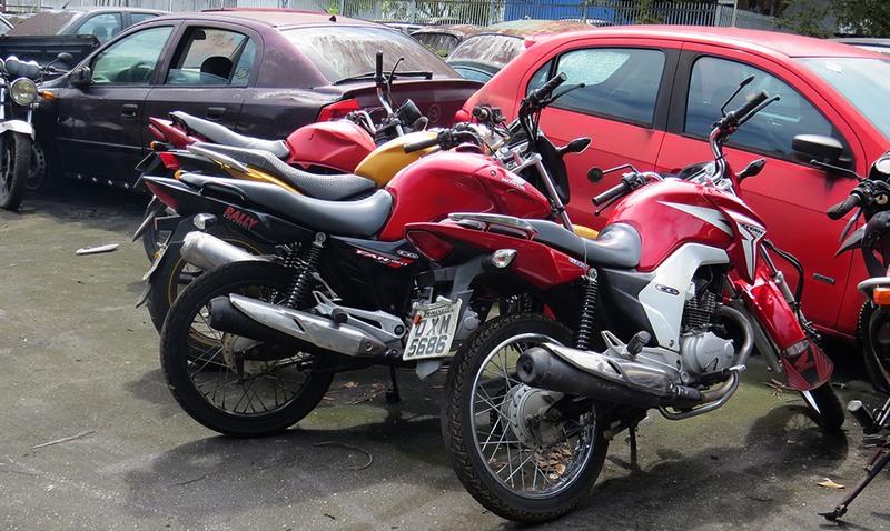 Motos tiveram sinais identificadores adulterados pelos bandidos (Foto: João Brito/PC-AM)