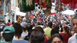 Empresários do comércio aproveitam nova regra trabalhista para contratar vendedores em épocas de datas comemorativas (Foto: Fotos Públicas)