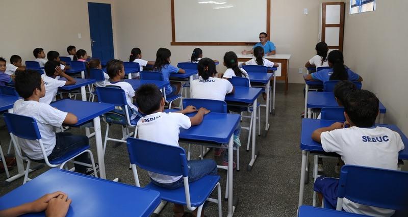 Renovação de matrículas de alunos é automática e novos cadastro podem ser feitos pela internet (Foto: Seduc/Divulgação)