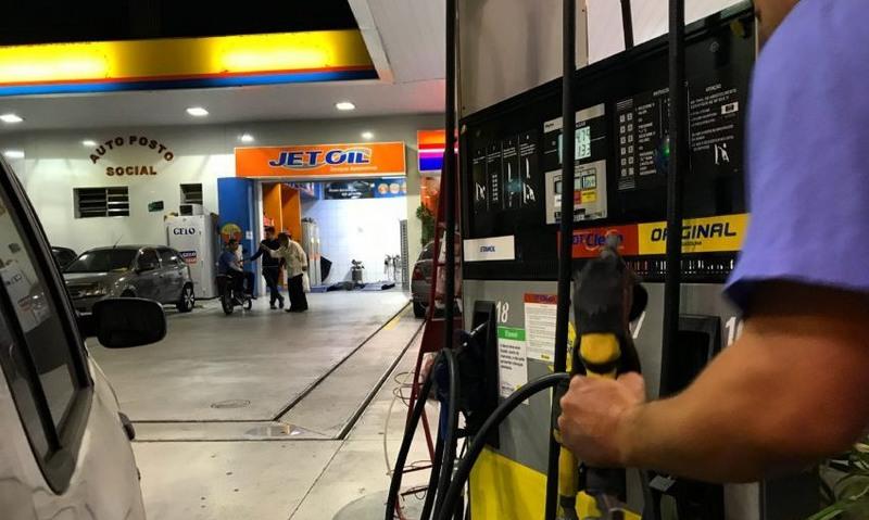Valor do litro do etanol subiu em 17 Estados na semana passada (Foto: Roberto Parizotti/Fotos Públicas)