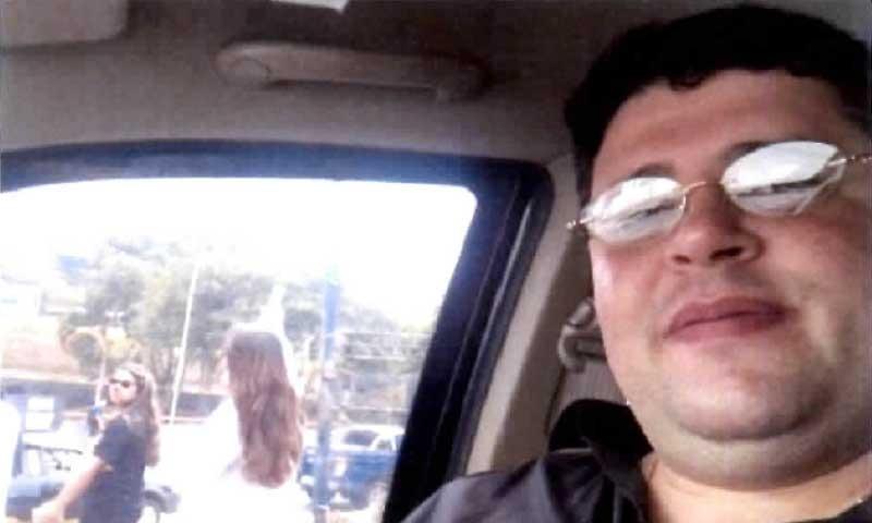 Mouhamad Moustafa gravou vídeo para debochar de médicos que protestavam contra atraso de salários (Foto: Reprodução/Celular)
