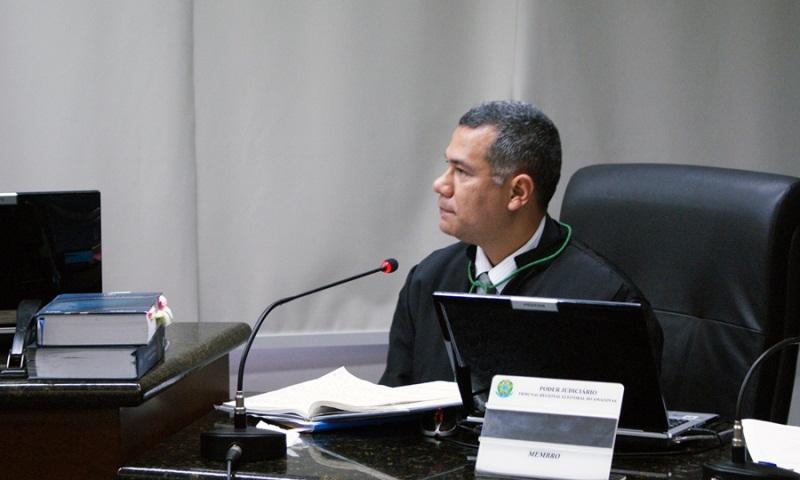 Ricardo Sales juiz federal