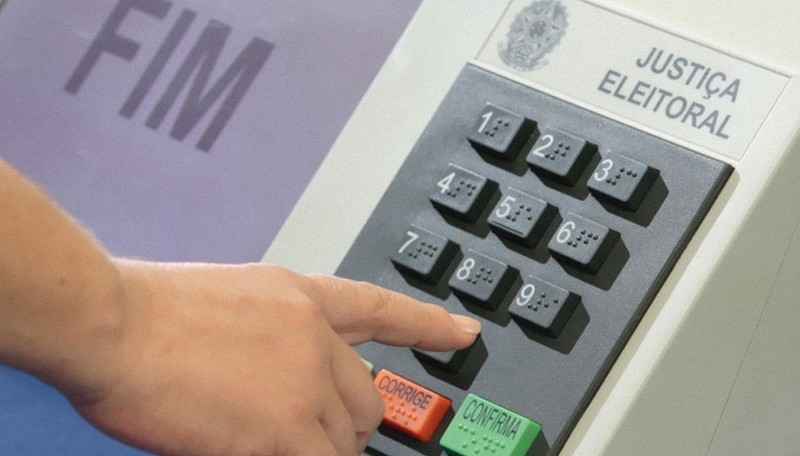 Após auditoria, ministro do TSE reitera confiança na urna eletrônica