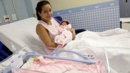 Durante afastamento por maternidade pesquisadoras continuam recebendo a bolsa (Foto: Divulgação)