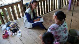 Pesquisadores visitaram moradores que foram submetidos à exames clínicos, diagnóstico e tratamento de malária e anemia (Foto: Fiocruz/Divulgação)