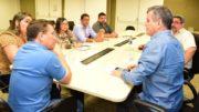 Vereadores apresentaram documentos e formalizaram denúncia de ameaça de morte ao secretário Bosco Saraiva (Foto: Valdo Leão/Secom)
