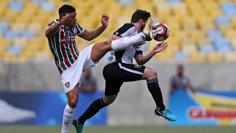 Jogo foi bem disputado, mas tanto o Flu quanto o Fogo não conseguiram fazer gols (Foto: Vitor Silva/SSPress/Botafogo)