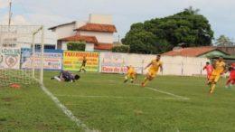 Interporto levou a melhor em casa e decide classificação em Manacapuru, na quarta-feira (Foto: SporTV/Reprodução)