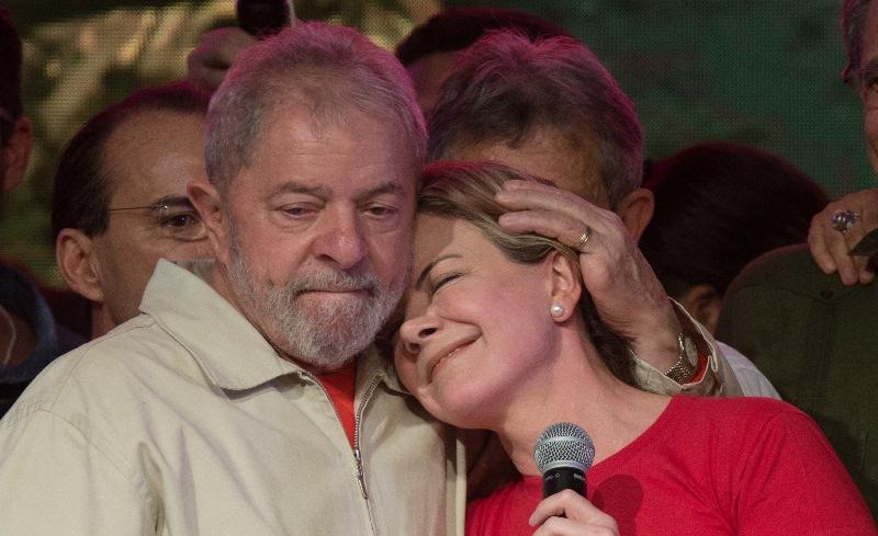 Gleisi Hoffmann diz que PT fará de tudo para eleger Lula presidente