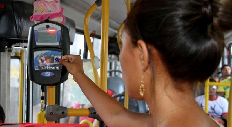 Cinco linhas de ônibus em Manaus não aceitarão mais dinheiro para passagem