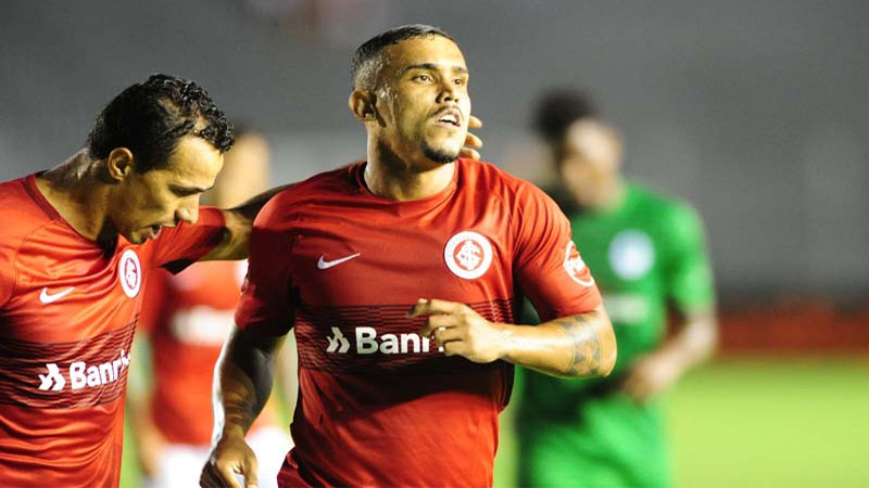 William Pottker fez o gol do Inter no empate que garantiu classificação na Copa do Brasil (Foto: Ricardo Duarte/Internacional)