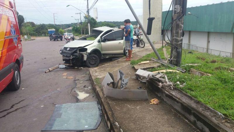 Dois acidentes nas últimas horas em Manaus deixam seis feridos