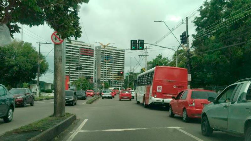 Andre-Araujo-cruzamento-da-Susam