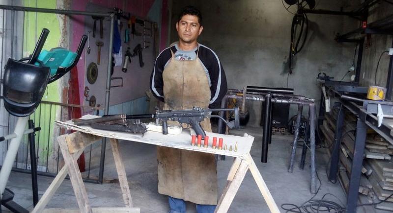 Metal rgico usava oficina em manaus para modificar armas for Oficina armas