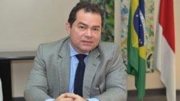 Arthur César Zahluht Lins acumula os cargos de controlador-geral do Estado e de secretário de Justiça e Direitos Humanos (Foto Secom/Divulgação)