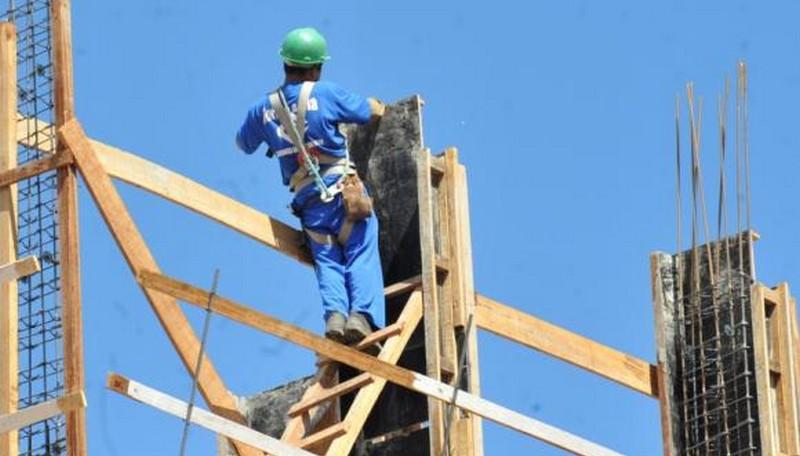 Apenas 35% dos amazonenses possuem renda proveniente do trabalho, diz IBGE