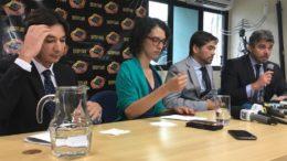 Delegados da MPF, promotora do MPF e auditor da Receita Federal deram entrevista coletiva sobre esquema de fraude por empresas de ouro em Manaus (Foto: ATUAL)