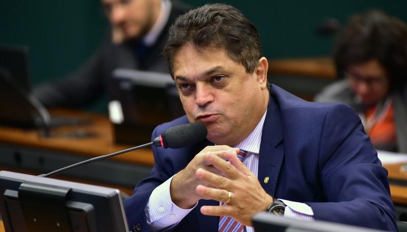 João Rodrigues foi preso quando desembarcou em São Paulo (Foto: Zeca Ribeiro/Câmara dos Deputados)